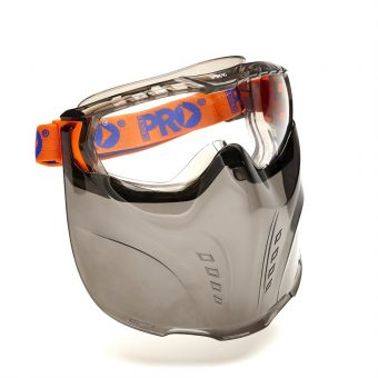 Preventing fogging in protective eyewear